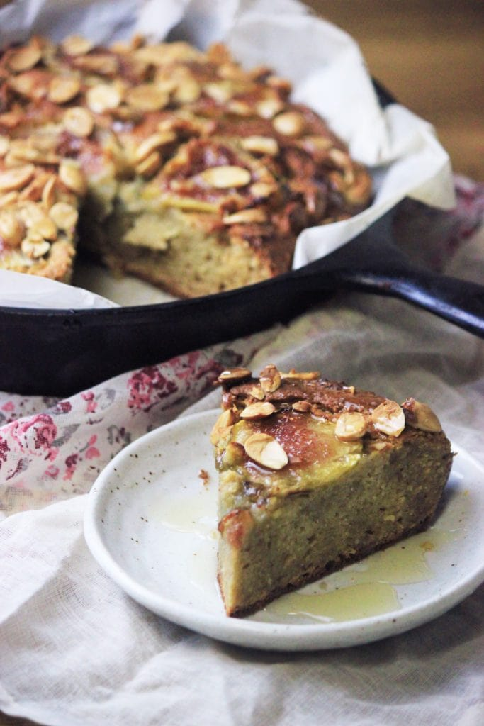 My PCOS Kitchen - Gluten-free Honey Fig Cake - A delicious almond cake topped with sliced figs and almonds.