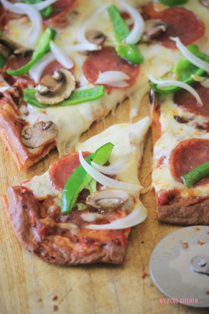 My PCOS Kitchen - Low Carb Gluten-free All-Dressed Pizza - This keto pizza is made with the fathead dough and is the perfect low carb alternative to the traditional pizza!