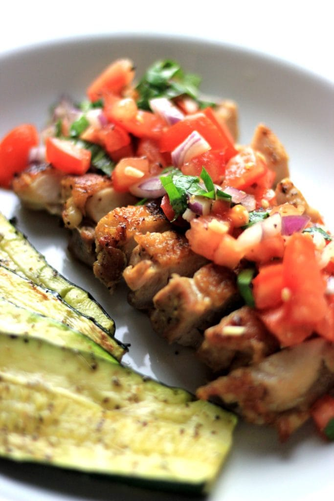 My PCOS Kitchen - Lemon Garlic Grilled Chicken Thighs with a Fresh Tomato Salsa - This dish is keto and paleo friendly! All gluten-free and low carb!