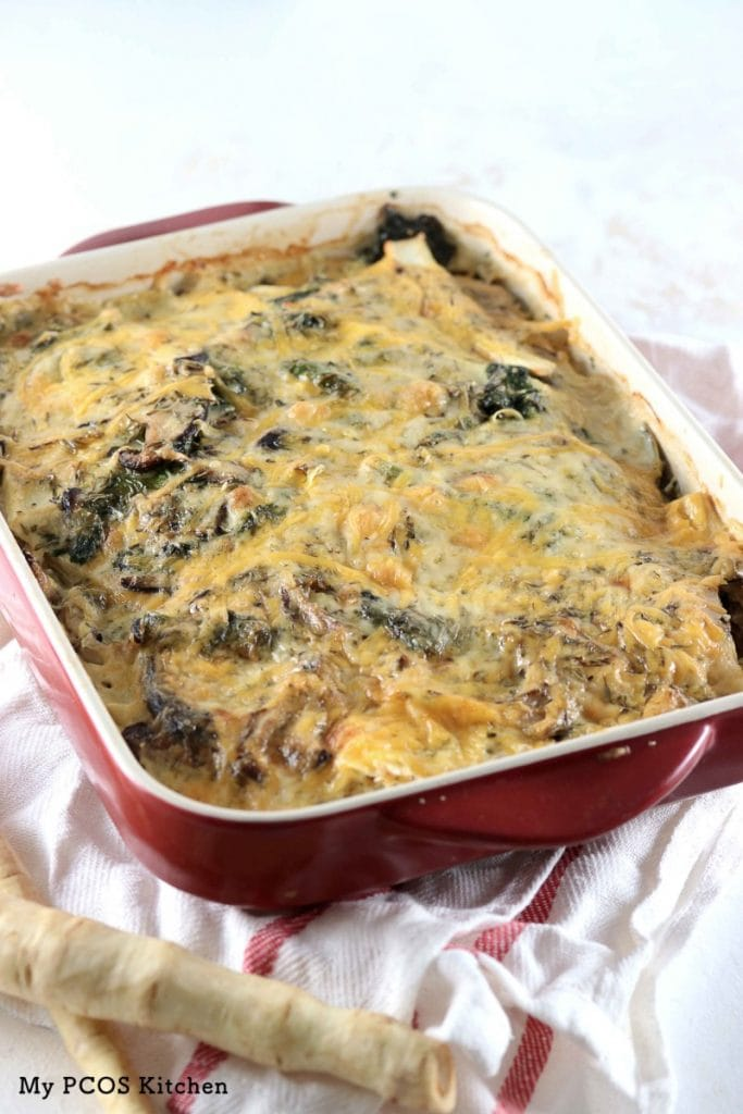 My PCOS Kitchen - Low Carb Chicken & Parsnip Casserole - This casserole is cooked in a creamy cheesy sauce with shiitake mushrooms and kale! Gluten-free, grain-free and sugar-free!