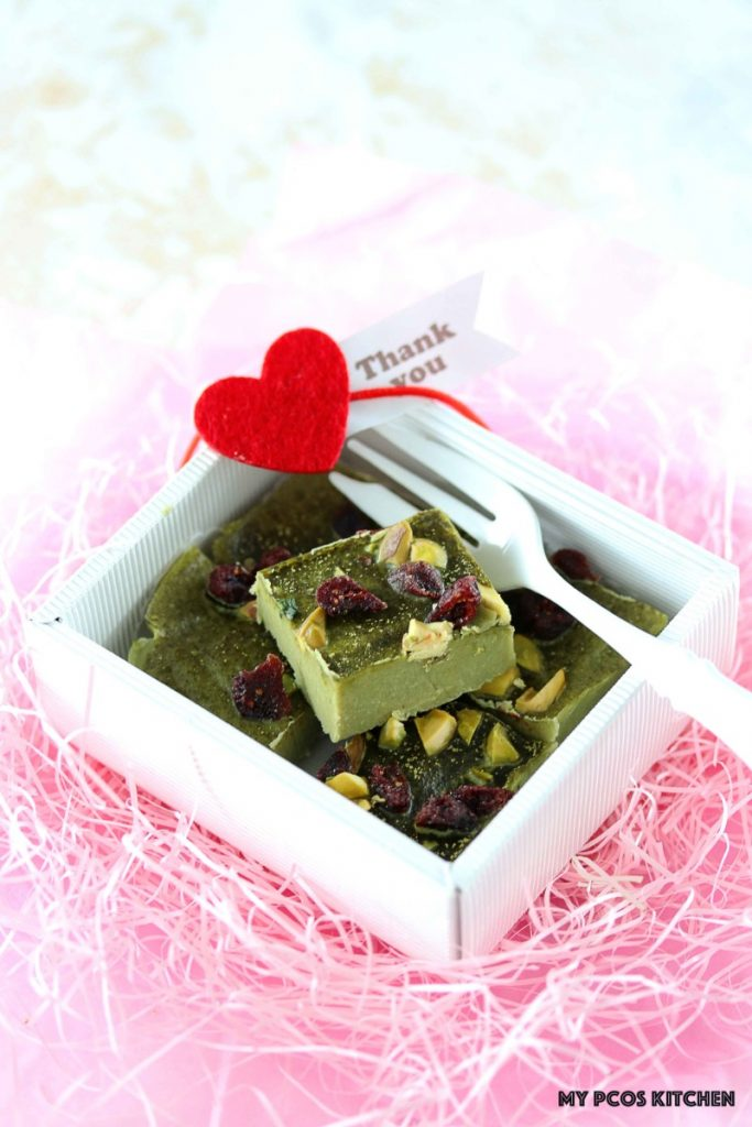 Low Carb Paleo Matcha Chocolate Fudge - My PCOS Kitchen - Japanese dairy-free matcha fudge in a cute white box and a red heart for Valentine's Day.