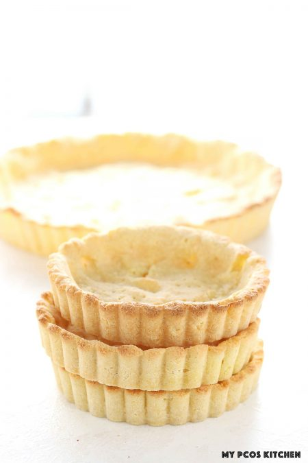 Almond Flour Pie Crust - My PCOS Kitchen - low carb pie crust made in tart molds